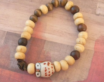 Brown Owl Beaded Stretch Bracelet with Brown Rose & Wood Beads