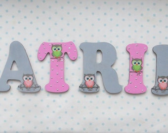 Wooden nursery letters - Owls (pink and grey)