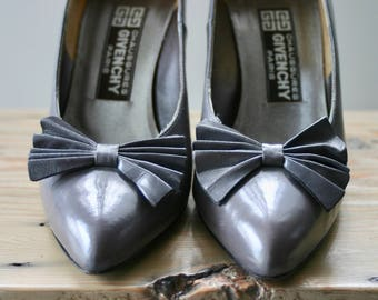 vintage | Givenchy | pumps | heels | shoes | gray | bow | size 7