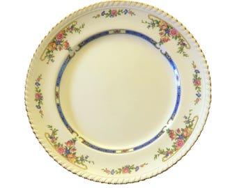 "Johnson Brothers Porcelain Dinner Plate in ""Eastbourne"" (Old English) pattern"