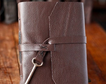Leather Journal with Skeleton Key Closure - Handmade Travel Journal