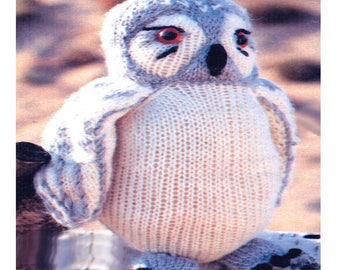 "Lovely 8.5"" 21cms Tall Snowy Owl to Knit Knitting Pattern"