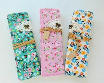 crocheted Needle case-Crochet hooks fabric roll case