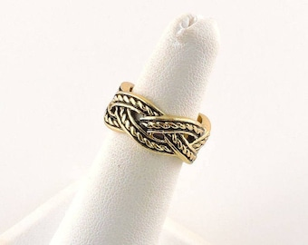 Size 5 Gold Tone And Black Weaved Wide Band Ring