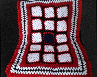 Vintage Handmade Washable Crochet Lap Throw Baby Blanket
