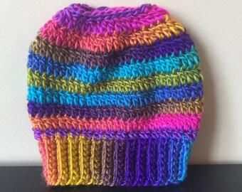 Messy bun beanie, Crochet messy bun beanie, Top knot beanie, Bun hat, Crochet bun hat, Ponytail beanie, Ponytail hat, Messy bun hat, mom bun