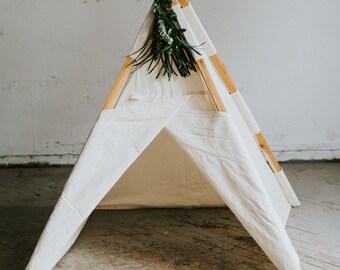Medium Play Tent