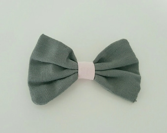 Grey and pink bow clip Barrette