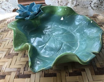 Lily Pad Serving Bowl with Blue Lotus Sculpture