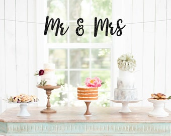 Mr & Mrs Banner, Mr and Mrs Glitter Banner, Sweetheart Table Sign, Wedding Chair Signs, Wedding Day Banner, Wedding Photo Prop