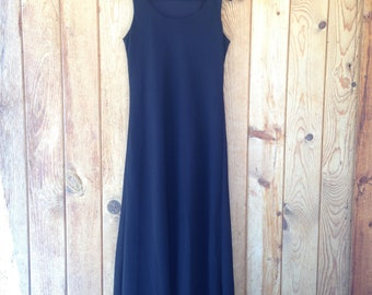 1990's Maxi Length Dress / Black / One Size approx. S-M-L