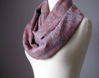 Beige infinity scarf with paisley design, Pashmina scarf, Chunky scarf, Winter scarf, Christmas scarf, Gift for woman