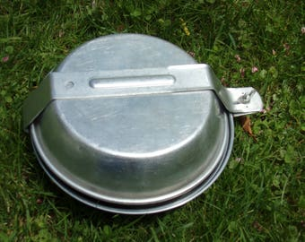 Boy Scout Camping Gear . 1960s camping Mess Kit .Retro Boy scout Mess Kit . Portable Mess Kit .Camping Gear for Cooking .Vintage Boy Scout .