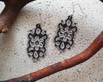 Tatted lace  earrings, tatting lace jewelry, lace earrings, gift for her, vintage style jewelry, black and white, lace accessories,