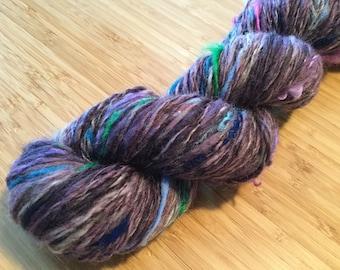 "Handspun Handdyed Yarn 145yds Handspun Wool ""Grape Crush"""
