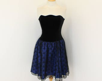 Vintage 1980s Laura Ashley black velvet and lace prom evening strapless dress size Small UK 10