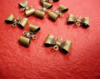 25pc antique bronze butterfly metal connector-455
