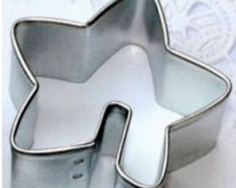 Star ~  Over the Edge Cookie Cutter Tea cookies to hang off cup