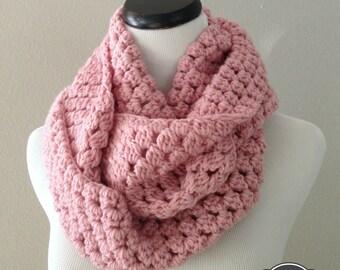 CROCHET PATTERN - Chunky Crochet Infinity Scarf Pattern, Infinity Cowl Pattern, Easy Crochet Pattern, Beginner Crochet Pattern
