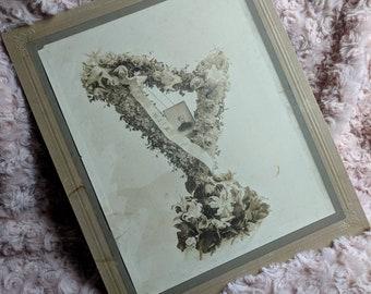 Large Victorian funeral floral arrangements memorial post mortem lady Wife cabinet card