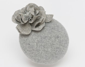 Grey fascinator hat headpiece wedding bridesmaid ascot races goodwood boho vintage hippie flowers unique