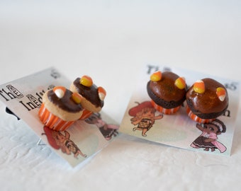 Miniature Food, Food Jewelry, Food Miniatures, Miniature Food Jewelry - Halloween Cupcake Earrings