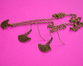 Little Bird Necklace and Earrings Set Antique Bronze Birdie (AB39)