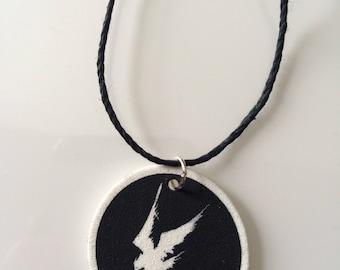 Necklace Amebix bird crow crust punk