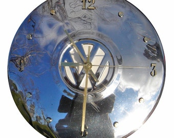 Recycled clock: VW Hubcap Clock, 1966, with numbering (h grade C)