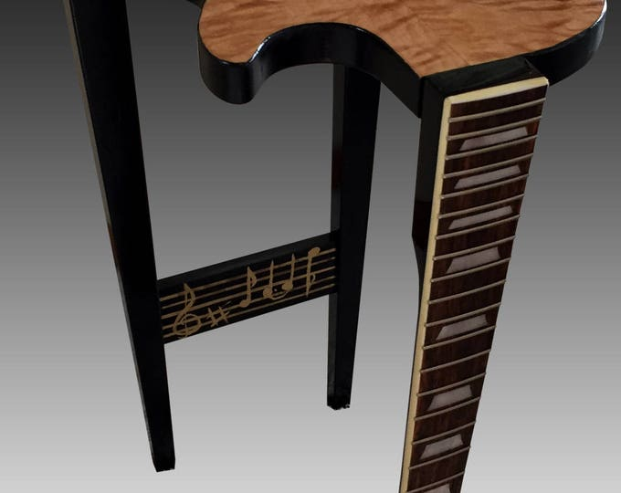 Gibson Les Paul Guitar End Table - Quilted Maple