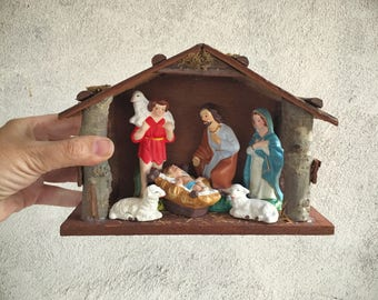 Vintage Nativity Set with Manger or Stable, Nativity Scene Christmas Decoration