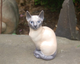 Royal Copenhagen #3281 Porcelain Blue Point Siamese Cat / Feline ~ 1967 Royal Copenhagen Cat Figurine ~ Sphinx Cat Figurine ~ Siamese Kitten