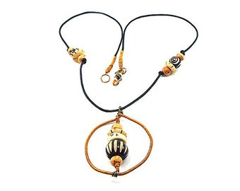Twisted pendant and Horn - Noudjali Collection beads