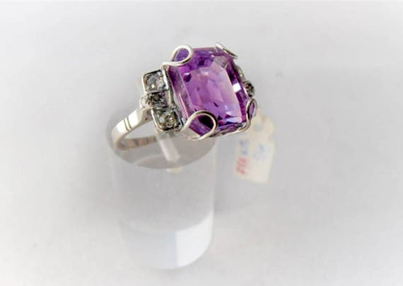 Vintage 18k White Gold Amethyst and Diamonds Ring - Cocktail - Anniversary - Birthstone Ring