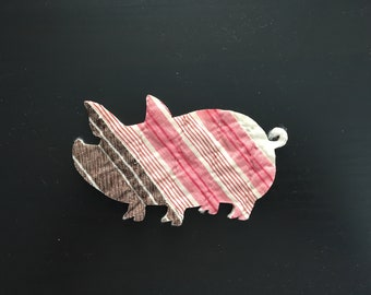 VINTAGE 12 Pig Die Cuts fr Antique Cutter Quilt