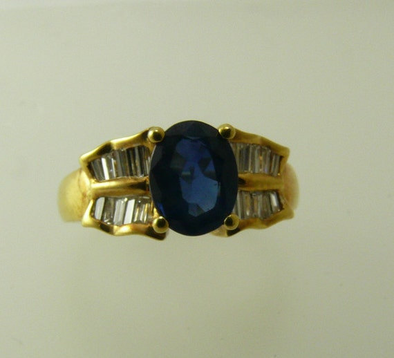 Sapphire Ring 1.32ct 18k Yellow Gold with Diamonds 0.35ct