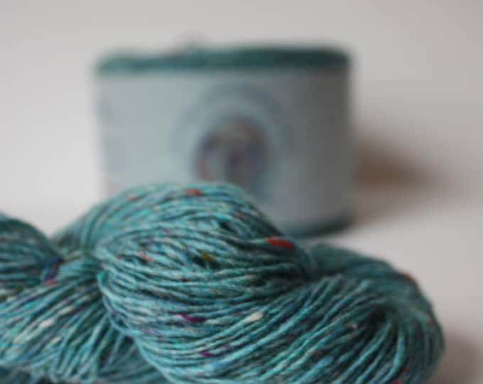 Spinning Yarns Weaving Tales - Tirchonaill 572 Carnival Jade 100% Merino 4ply