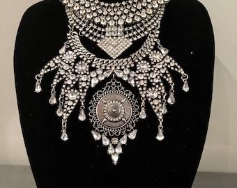 Statement necklace - Boho necklace - Ethnic necklace - Collar - Crystal necklace - Tribal necklace - Necklace - Choker necklace - wedding