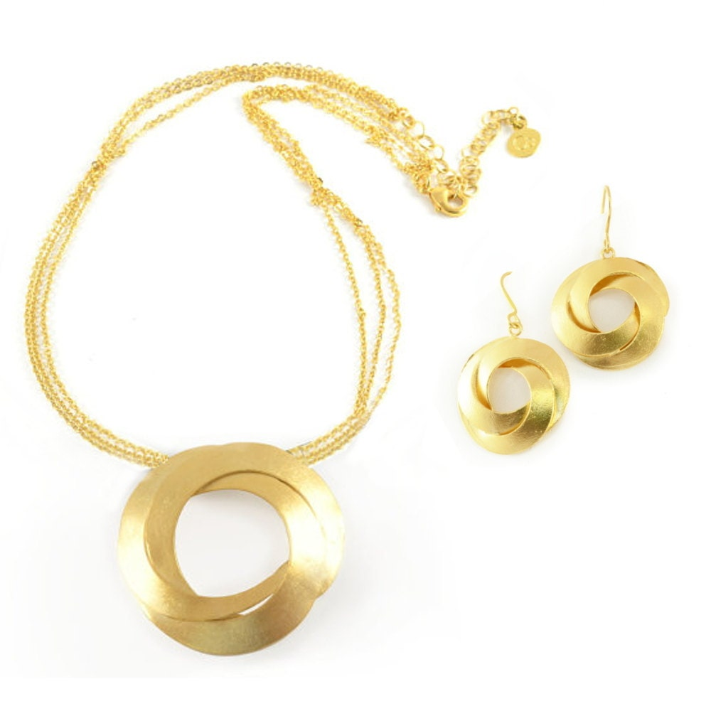 Gold jewelry set gold necklace and earrings modern jewelry