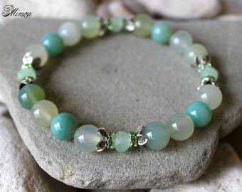 Agate Bracelet, 10mm Agate Bracelet, Light Green Agate Bracelet, Agate Wrist Mala, Pastel Green Bracelet, Agate Stretch Bracelet, Agate