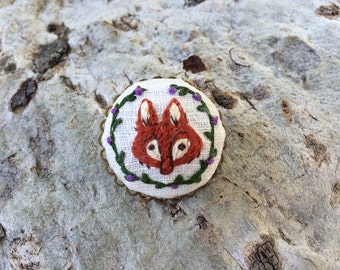 Fox in the Garden- hand embroidered brooch, fox, woodland, vine, flowers