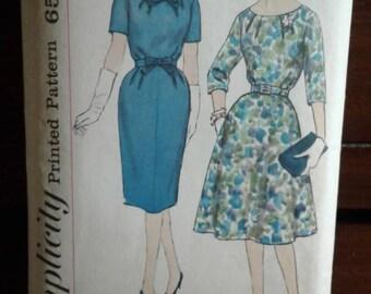 Simplicity 3722 - Vintage 60s Sewing Pattern - Half Size Slenderette  -Dress - Size 14 1/2 - Bust 35