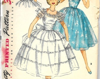 SIMPLICITY 1014 Size 14 Bust 32 Vintage 1950's Square Neckline Full Gathered Skirt Off-Shoulder Short Puff Sleeves Sash Ribbon Dress Pattern