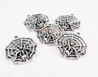 BG26 - Spider Web charm and silver metal skull pendant