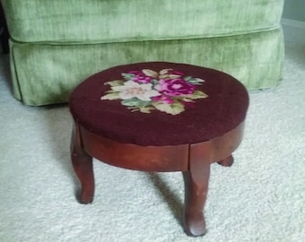 Vintage Hand Done Flower Needlepoint Foot Stool
