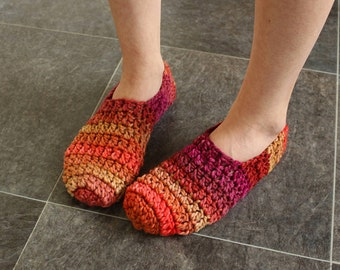Adult slippers Chunky slippers Crochet booties Crochet slippers Crocheted slippers Girlfriends slippers Girls slippers Knitted slippers