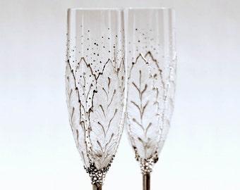 Champagne Glasses,Hand Painted Flutes, Wedding Glasses,Toasting  Glasses, Set of 2 MADE to ORDER Sektgläser