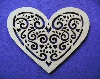 1 heart, wood, 12 x 9,5 cm (04-0002A)