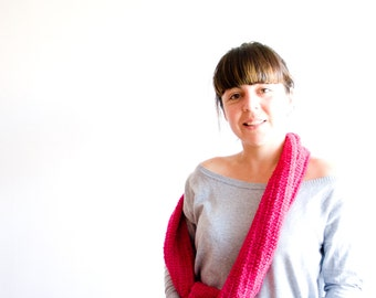 Fuchsia Infinity Scarf, Crochet Cowl Scarf, Large Cowl, Winter Hooded Cowl, ohtteam purple red-violet