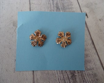 Vintage Gold Over Sterling Silver Pierced Stud Earrings, Flower, 14mm